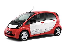 Mitsubishi v Pa��i: i-MiEV pro Evropu, Lancer s nov�m turbodieselem