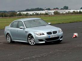 BMW M5 – šílené kilometry s novou zbraní ráže M5