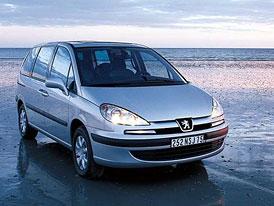 Peugeot 807 nov� se �estistup�ovou p�evodovkou