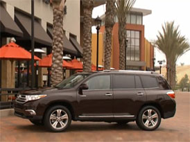 Video: Toyota Highlander � Prohl�dka modernizovan�ho SUV