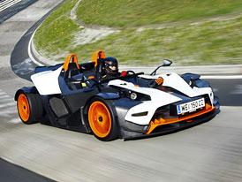 KTM připravuje civilnější auto, bude mít přední okno i dveře