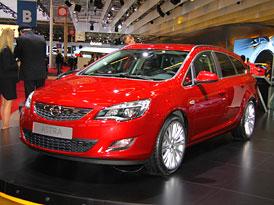 Paříž 2010: Opel Astra Sports Tourer