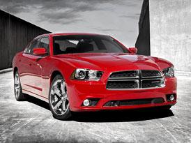Dodge Charger: Modelov� rok 2011 v nov�m kab�t�