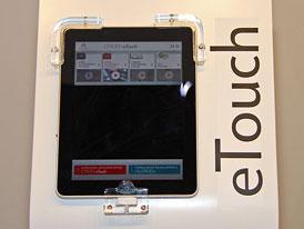 Apple iPad: Jedna z hvězd pařížského autosalonu