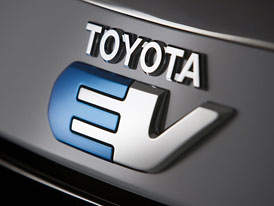 Toyota RAV4 EV: SUV s pohonem od Tesly