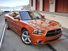 Dodge Charger 2011: Šestiválec Pentastar jako základ