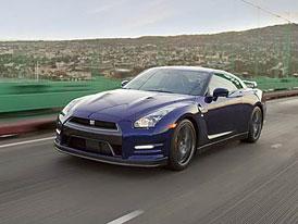 Japonsko: Přerušení výroby trvá, Nissan přišel o 2.300 aut