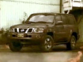 Video: Ohňostroj s Nissanem Patrol