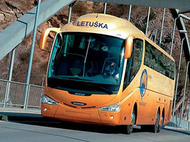Futuristická Scania Irizar jezdí také v Čechách
