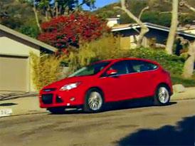 Video: Ford Focus – Hatchback a sedan v pohybu