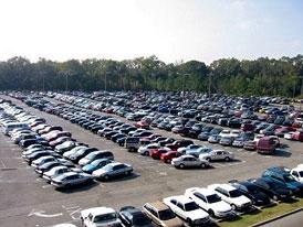 Prodej aut v �R: v listopadu zp�t pod pr�m�r