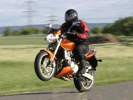 Test: Honda Hornet 600: divoký pomeranč