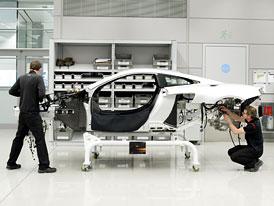 McLaren MP4-12C: První sériový kus ve výrobě (VIDEO)