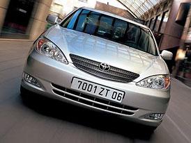 Toyota Camry p�ich�z� na �esk� trh