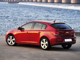 Chevrolet Cruze hatchback: Pět dveří a 400 litrů