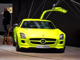 Mercedes-Benz v Ženevě: Dárky ke 125. narozeninám