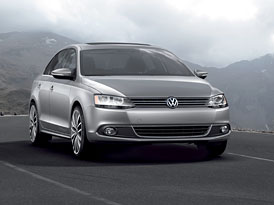 VW svol�v� 71 tis�c americk�ch Jett: Klakson netroub�