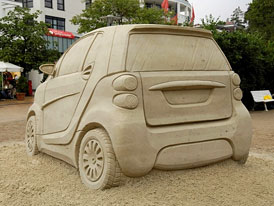 Smart: 900 dealer� by cht�lo prod�vat nov� mikroauto Ameri�an�m