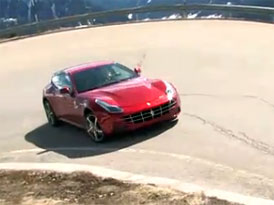 Za volantem Ferrari FF (video)