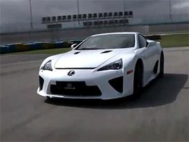 Video: Lexus LFA – Na závodním okruhu i staticky