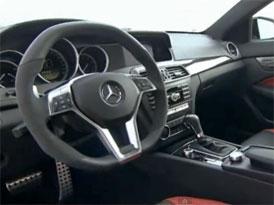 Video: Mercedes-Benz C 63 AMG Coupé – Interiér ostré novinky
