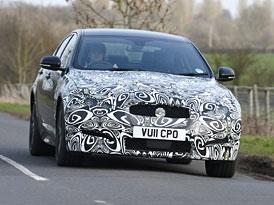 Jaguar XF 2,2D: Prvn� j�zdn� dojmy