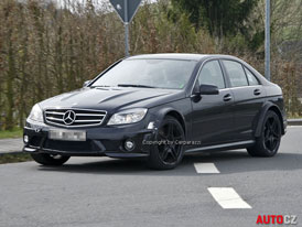 Spy Photos: Mercedes-Benz C 63 AMG Black Series (nové foto)