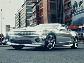Zl�nsk� Tintek a jeho chromovan� Camaro SS hv�zdou internetu (video)
