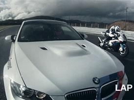 Video: Okruhov� souboj BMW M3 vs. S 1000 RR