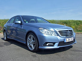 Mercedes-Benz E 500 (4,6 V8 biturbo): První jízdní dojmy