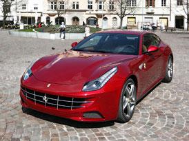 Ferrari FF ve velké fotogalerii (60 fotek)