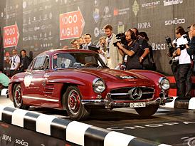 Mille Miglia 2011: Velká fotogalerie + video