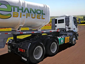 Iveco Trakker Bi-Fuel: Tahač na etanol a naftu
