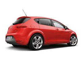 SEAT Leon FR: Diodová světla, nové motory