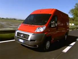 Video: Fiat Ducato � V m�stsk�ch uli�k�ch i na d�lnici