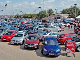 Prodej ojetin: Poptávka v létě vzroste o 10 až 15 %, sezóna nákupů sportovních vozů běží naplno