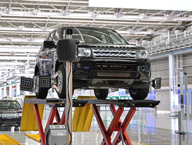 Jaguar-Land Rover otevřel montážní závod v Indii