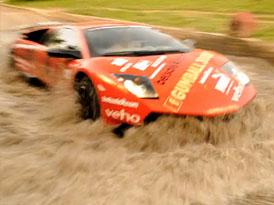 Gumball: Jak vyrobit tsunami s Lamborghini (video)