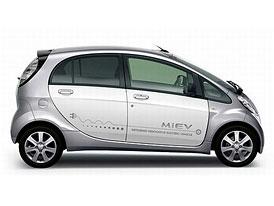 Mitsubishi i-MiEV: Nové verze s nižší cenou a delším dojezdem