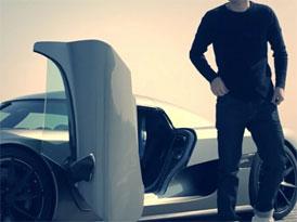 Video: Na návštěvě u Koenigseggu