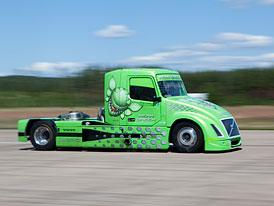 Volvo Mean Green: Rekord hybridního tahače potvrzen FIA