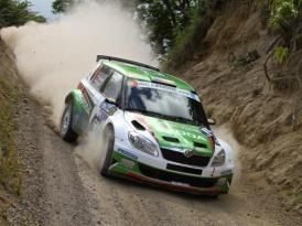 IRC Rally Azorské ostrovy 2011 – Po dvou etapách se o vítězství přetahují Fabie S2000