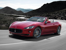 Maserati GranCabrio Sport: Nové fotografie, technická data
