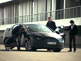 Honda oficiálně: Nový Civic se představí na IAA ve Frankfurtu (video)