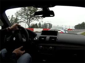 BMW 1 M vs. M3 CSL na okruhu: Kdo je lepší?