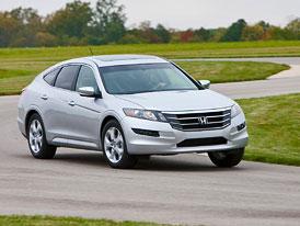 Čtvrtletní zisk automobilky Honda se propadl o polovinu