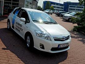 Toyota Eco Drive 2011: Prahou se spot�ebou 1,8 l/100 km