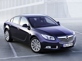 Opel Insignia (2012): Nový 1,4 Turbo (103 kW) a silnější 2,0 Turbo (185 kW)