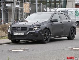 Spy photos: Mercedes-Benz A AMG bude mít přes 300 koní