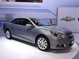 Chevrolet Malibu: Prvn� dojmy (video)